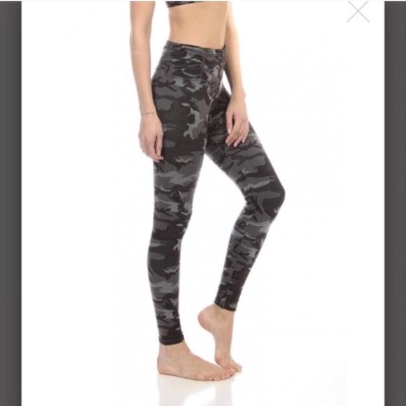 ada82af74d4388 Strut This Pants | Strut Thus Hudson Ankle Tonal Camo Legging | Poshmark